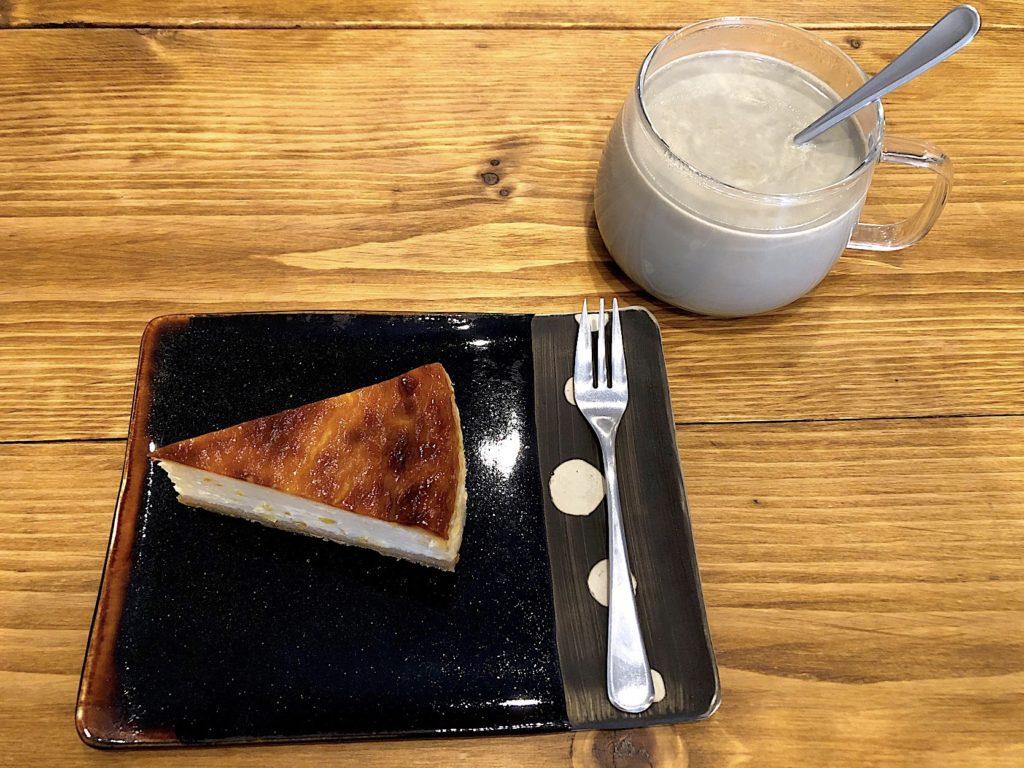 Cafe mikke Zakka atta